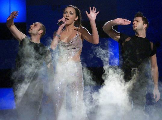 Выступление Алсу на Евровидении, где она заняла 2 место