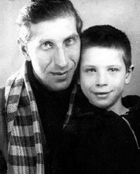 Александр Филиппов с сыном Юрой