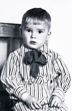 Саша Абдулов в детстве