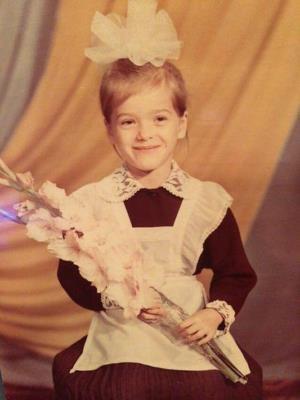 Елена Темникова в детстве