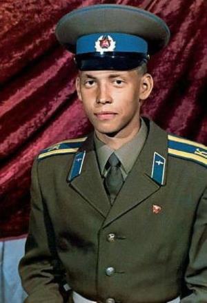 Сергей Глушко в молодости во время учебы