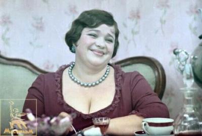Наталья Крачковская в роли мадам Грицацуевой