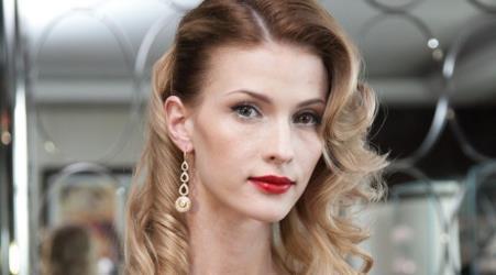 Актриса Светлана Иванова