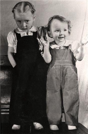 Настя и Марианна Вертинские в детстве