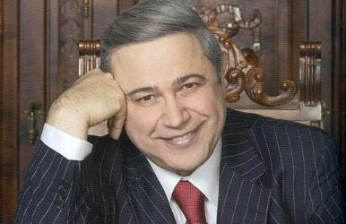 Артист эстрады Евгений Петросян