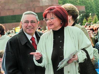 Евгений Петросян с супругой Еленой Степаненко