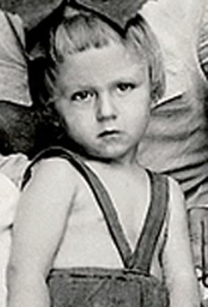 Олег Янковский в детстве