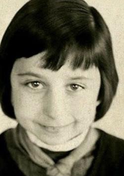 Лия Ахеджакова в детстве, 4-й класс