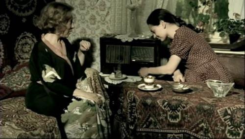 "Инна Чурикова и Светлана Ходченкова в фильме ""Благословите женщину"""