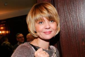 Юлия Меньшова - биография, фото, личная жизнь актрисы и ведущей