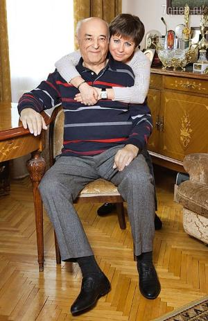 Владимир Этуш с женой Еленой Горбуновой, которая младше актера на 42 года