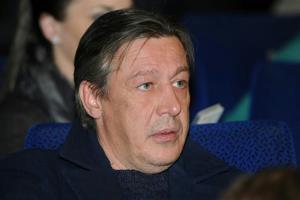 Михаил Ефремов - биография, фото, личная жизнь, фильмография актера