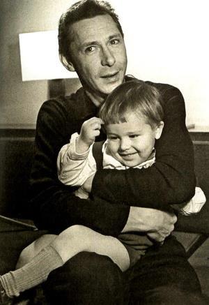 Олег Ефремов с сыном Мишей