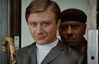 Андрей Миронов в роли Козодоева