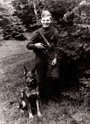 Юрий Антонов на службе в армии