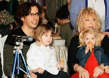 Пугачева и Галкин с их уже повзрослевшими детьми