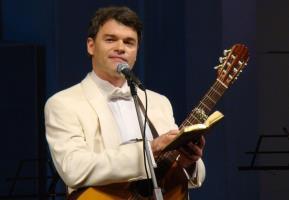 Евгений Дятлов - биография, фото, личная жизнь, семья актера и певца