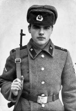 Евгений Дятлов на службе в армии