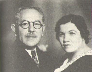 Макс с третьей женой Дженни Кук