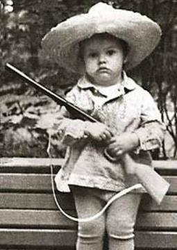 Юная Катя Андреева в детстве