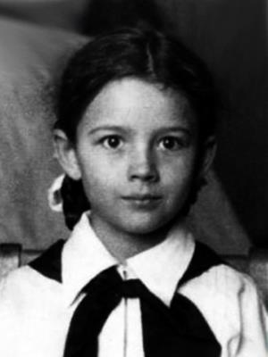Наташа Варлей в детстве