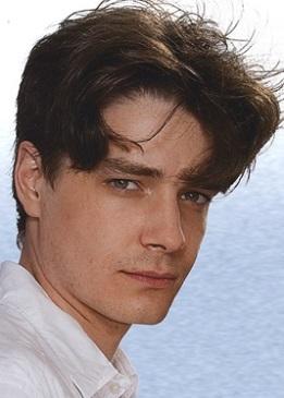 Максим Матвеев в юности