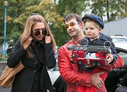 Дмитрий Певцов с женой и сыном