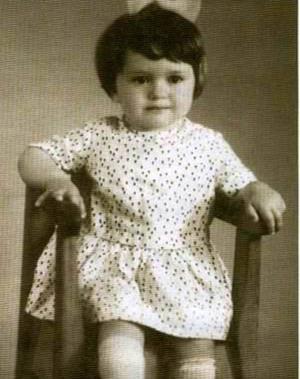 Оля Дроздова в детстве