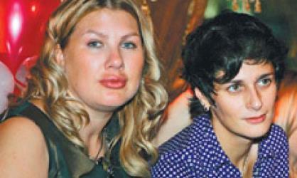 Ева Польна и Александра Мания