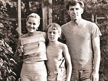 Татьяна Конюхова с мужем и сыном на отдыхе