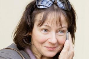 Актриса Евгения Добровольская - в детстве я была гиперактивным ребенком...