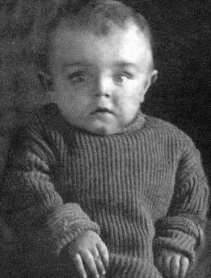 Кирилл Лавров в детстве