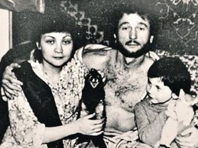 Игорь Тальков с женой Татьяной и сыном Игорем.