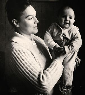 Александра Завьялова с маленьким сыном Петей....