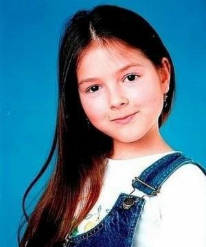 Аня Шурочкина (Нюша) в детстве