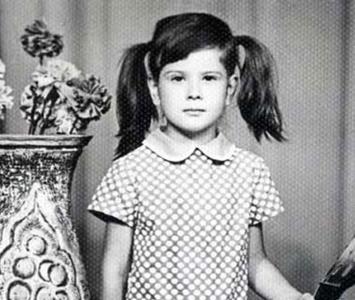 Юля Высоцкая в детстве