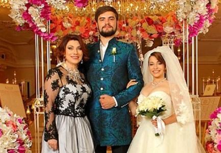 Свадьба дочери Розы Сябитовой