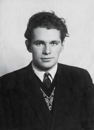 Леонид Рошаль в студенческие годы