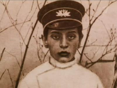 Михаил Тухачевский в юности