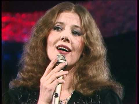 Людмила Сенчина на сцене