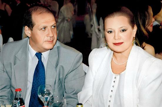 Людмила Сенчина сегодня с мужем Владимиром Андреевым