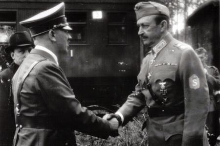 Рукопожатия Гитлера с Маннергеймом