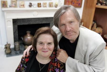 Олег Видов с супругой Джоан в своем доме в Малибу, 2006 г.