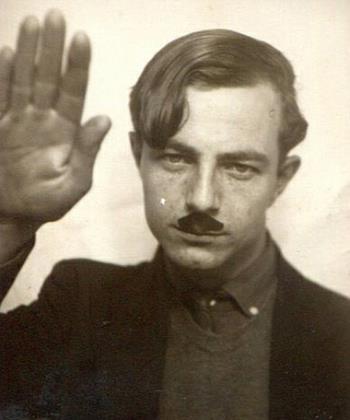 Гитлер в юности