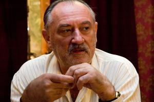 Богдан Ступка - биография, фото, фильмы, личная жизнь актера