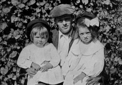 Джек Лондон с детьми