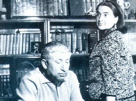 Расул Гамзатов с супругой Патимат