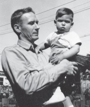 Стив Джобс с приемным отцом