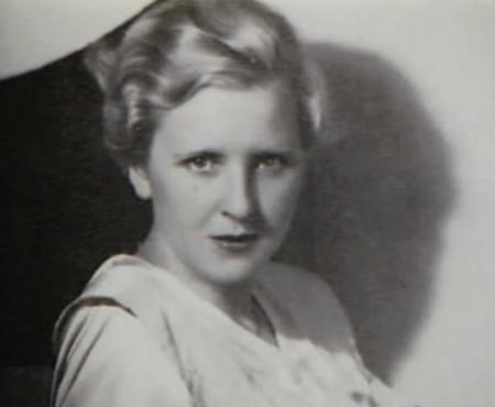 Ева Браун в юности
