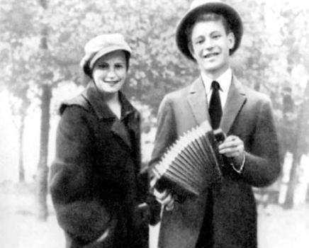Сергей Есенин с Анной Изрядновой